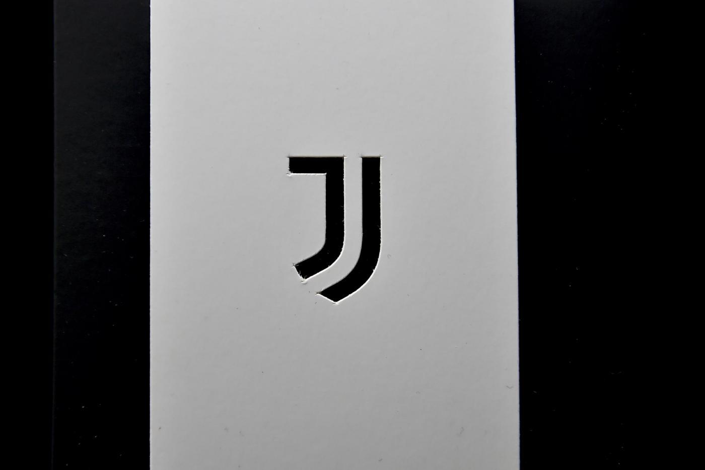 La juventus nel futuro debutta il logo e l allianz arena for Logo juventus vecchio