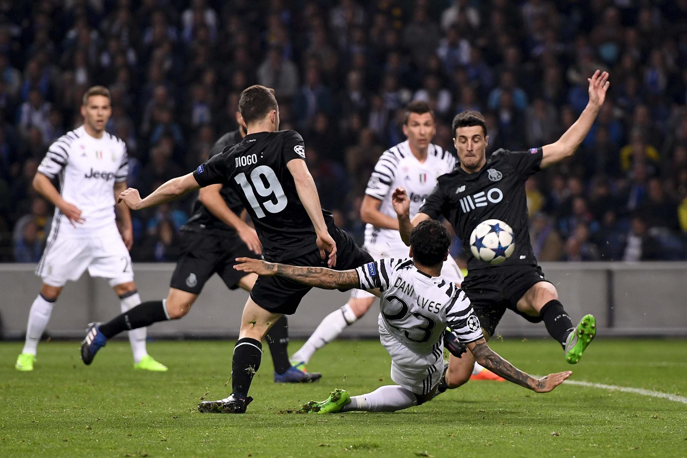 Barcellona falso? Dani Alves-Juventus: la verità che arriva dalla Spagna è clamorosa