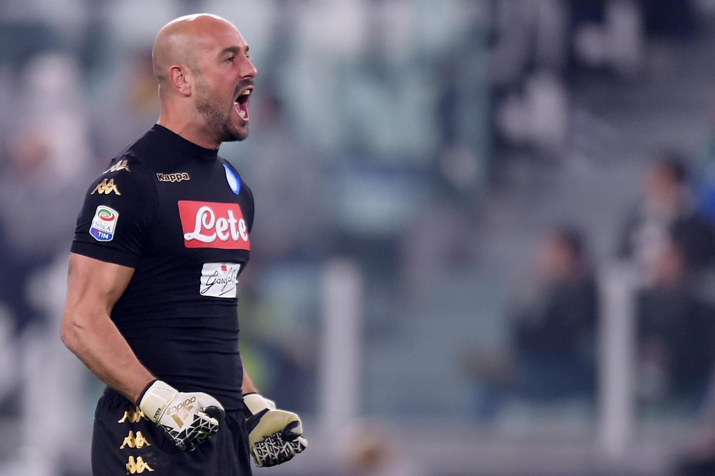 Calciomercato Napoli, De Laurentiis: Reina? C'è un contratto