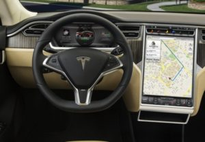 tesla-model-s-touchscreen-17-pollici