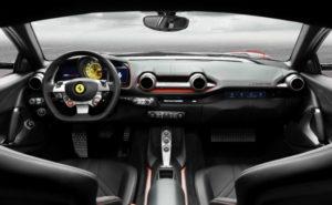 Ferrari 812 Superfast 30