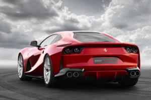 Ferrari 812 Superfast 37