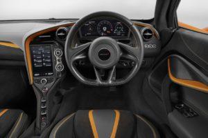 McLaren 720S (5)
