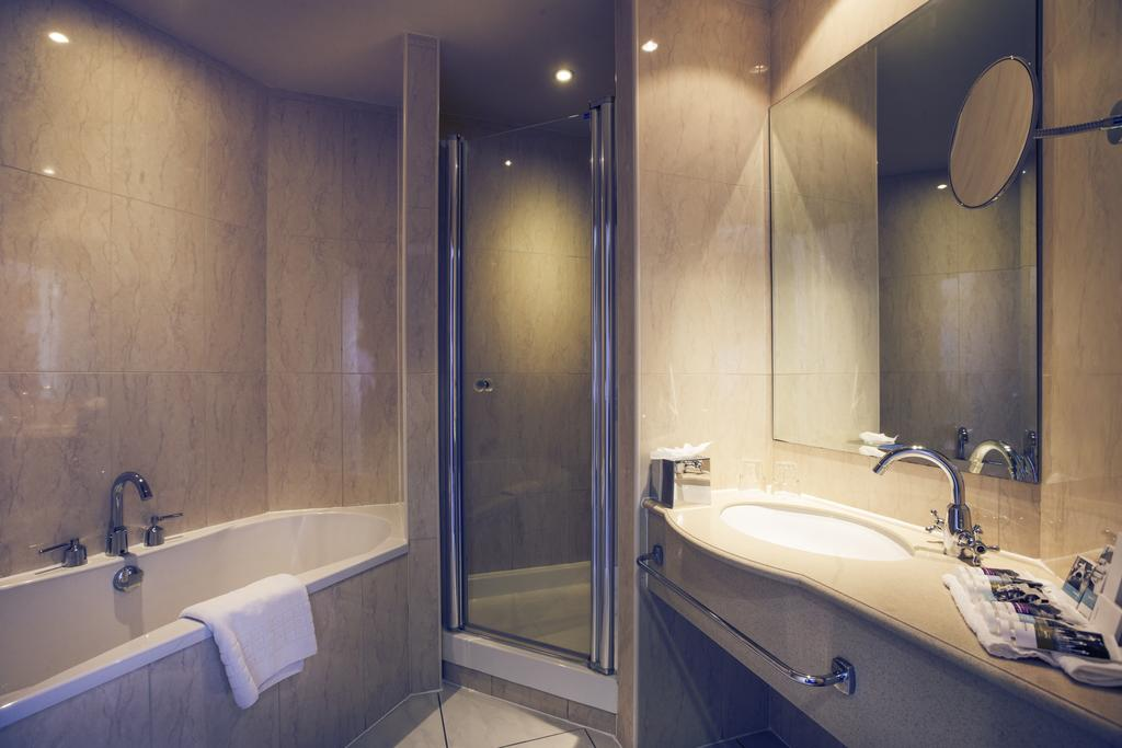 Hilton Hotel Spa Cardiff