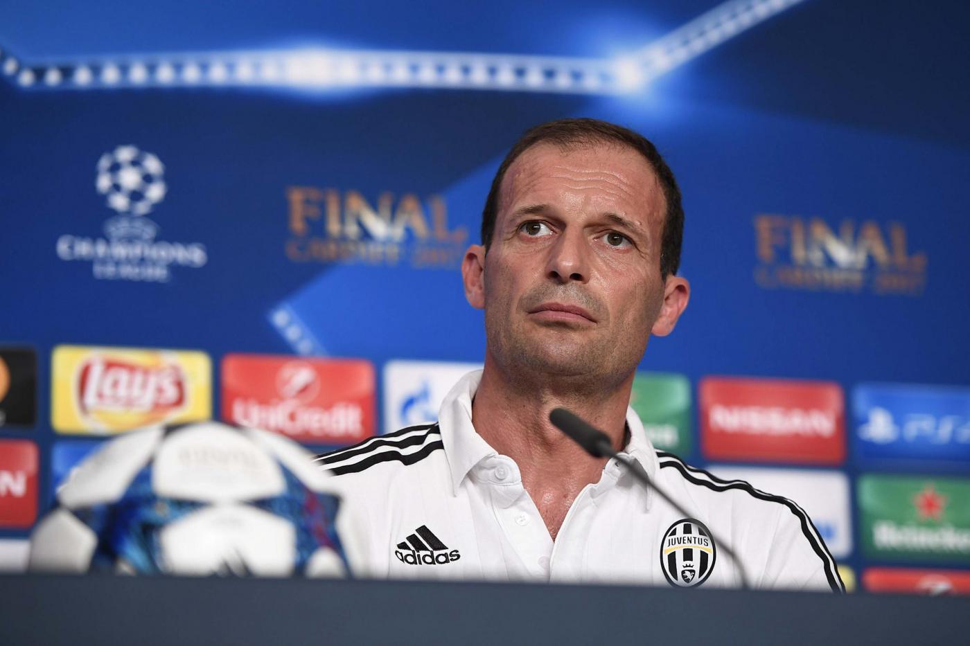 Juventus, Allegri ai tifosi: