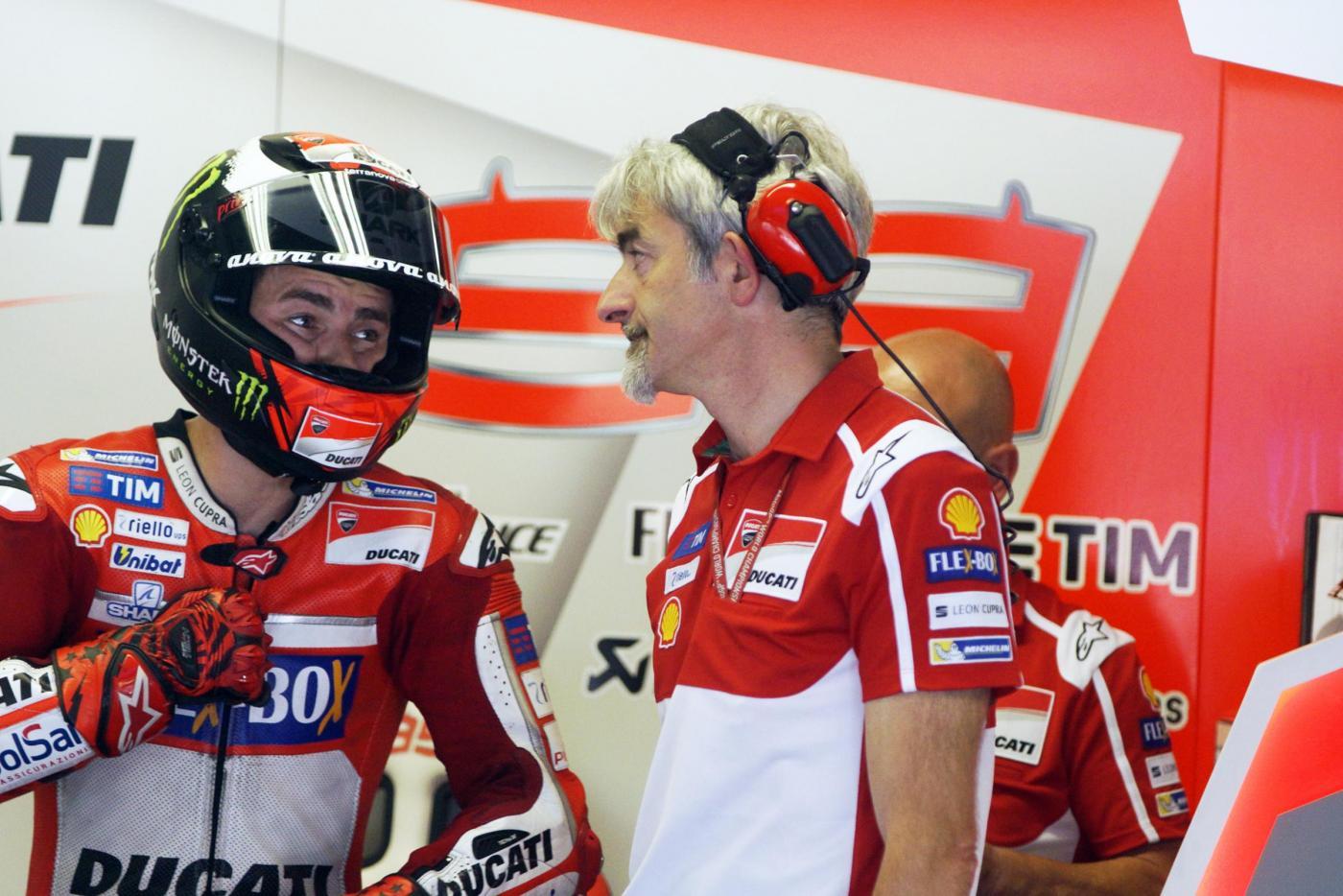 Motogp, Lorenzo show al Mugello: podio italiano con Dovizioso e Rossi