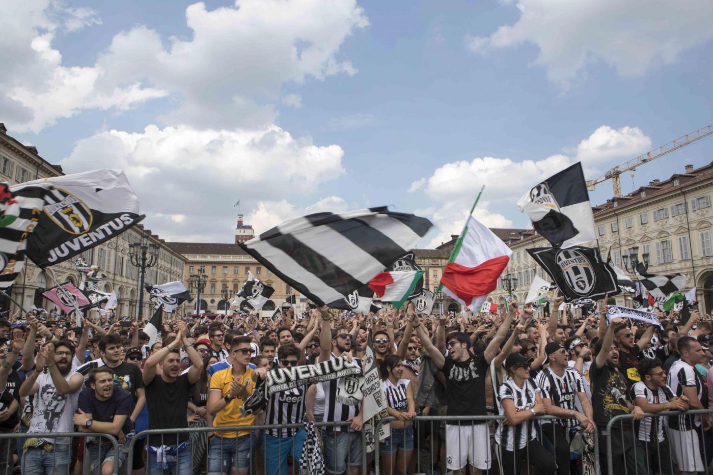 Panico a Torino: oltre 700 feriti nella piazza di Juve-Real