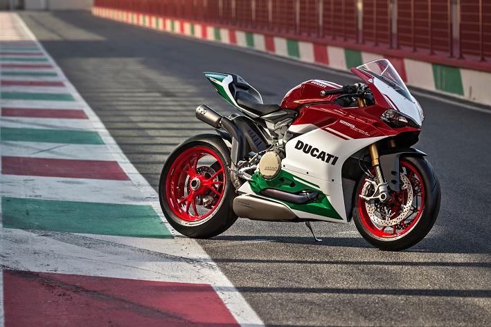 Ducati 1299 Panigale R Final Edition, l'omaggio al mitico bicilindrico