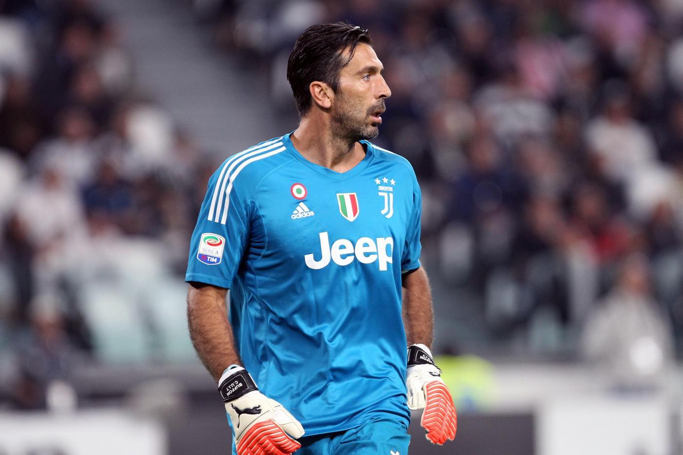Juventus, Buffon critico: