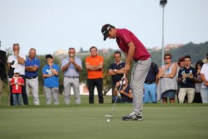 Golf – DP World Tour Championship: Lorenzo Vera allunga, Mig