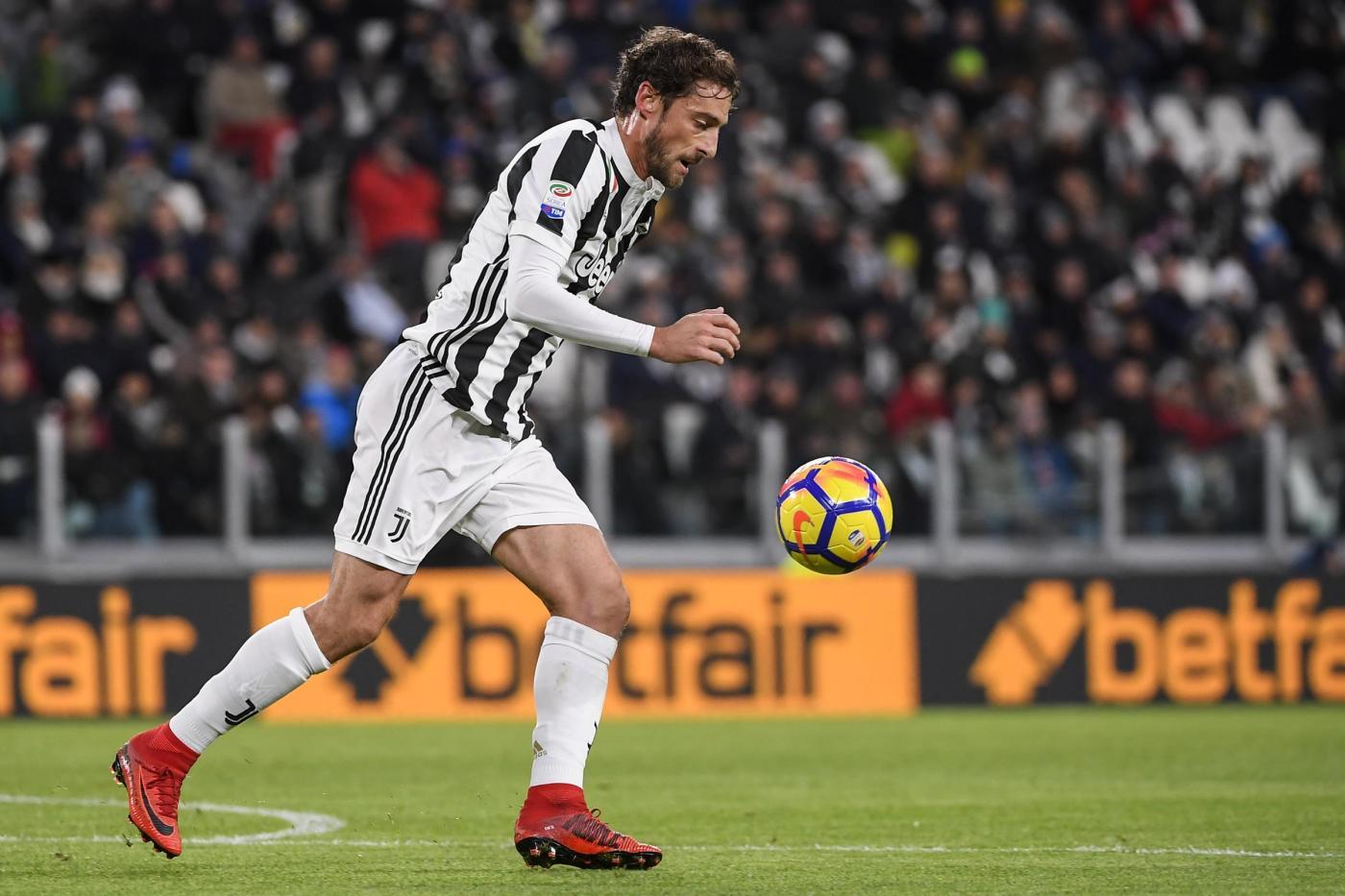 Marotta: 'Emre Can? Ci siamo. Marchisio rimane qui. Su Dybala...'