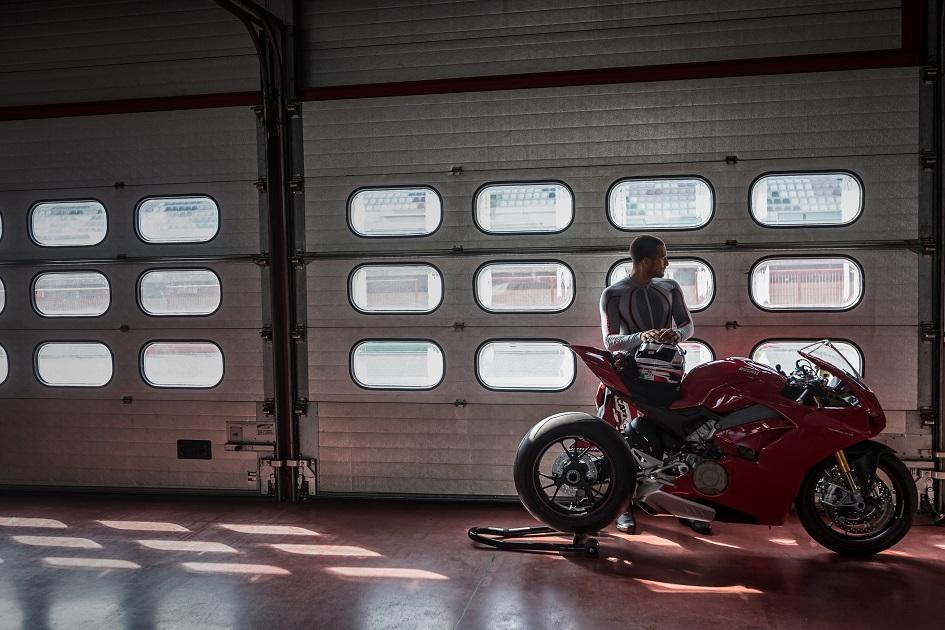Ducati panigale v4 iniziata la produzione del nuovo for Www nuovo modello di casa
