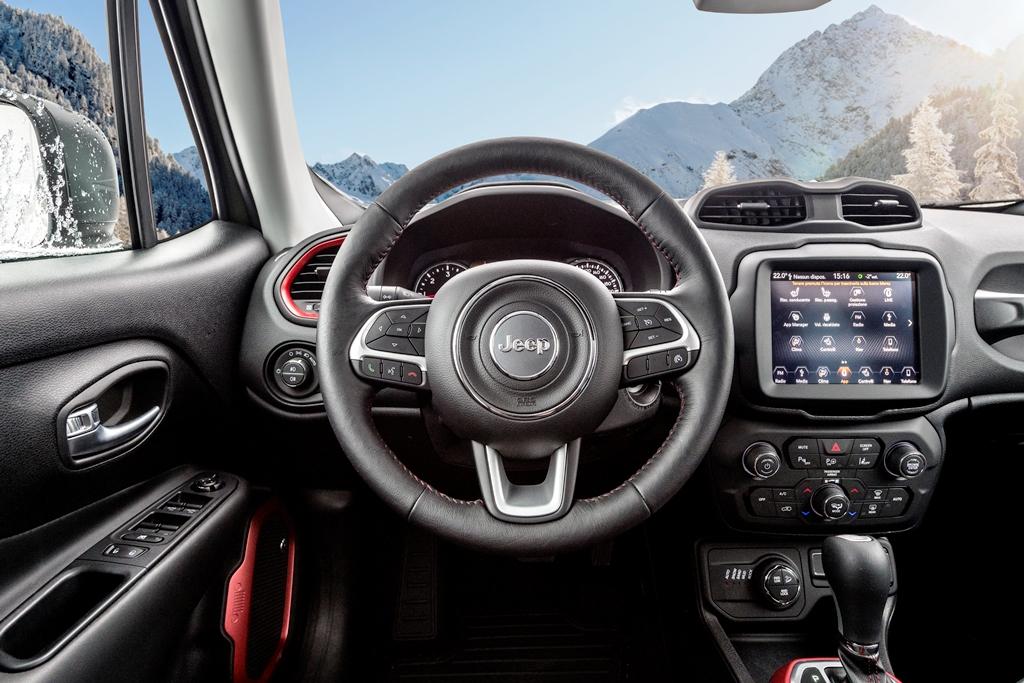 Jeep Renegade MY: ancora più connessa e più funzionale ...