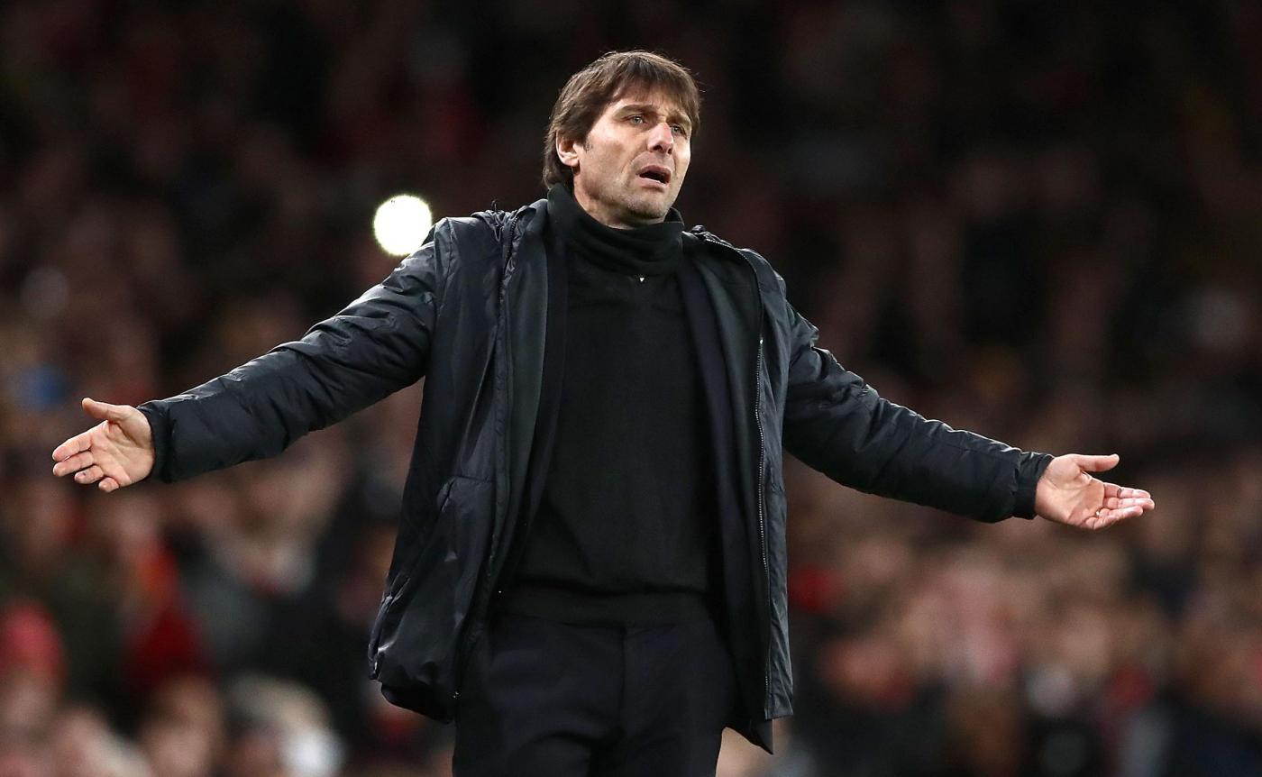 Chelsea, i tifosi con Conte: