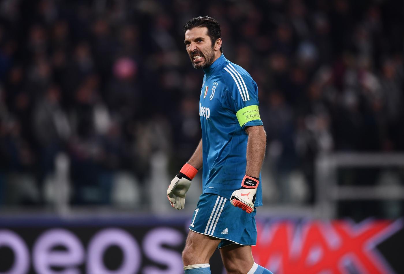 Gigi Buffon da Maurizio Costanzo: