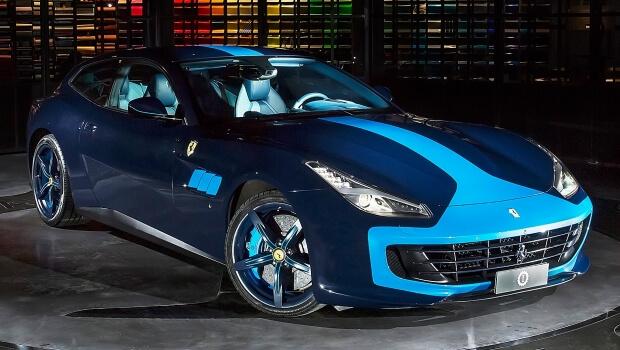 Ferrari gtc4 azzurra l esemplare unico secondo lapo gallery for Auto di lapo elkann