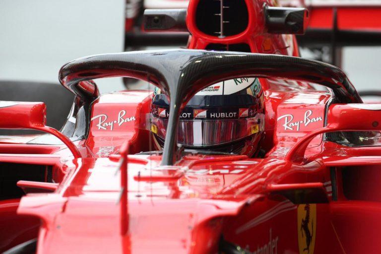 F1 - La Fia ha concesso ai team di spostare gli specchietti sull'halo a causa della scarsa visibilità posteriore lamentata dai piloti dovuta all'abbassamento dell'ala posteriore. (LaPresse/Photo4)