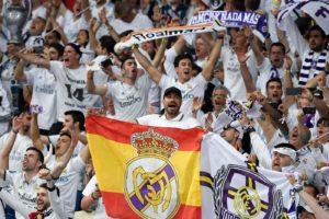 Champions League, tutti in piedi per la squadra più forte de