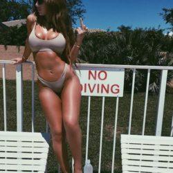 Scatti bollenti e sensuali: la cantante Niykee Heaton è… ill