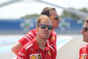 """F1, Vettel 'boccia' il nuovo motore Mercedes: """"non credo sia"""