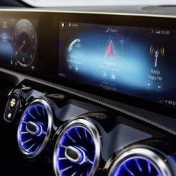 Mercedes – L'MBUX alla conquista di Roma: un'esperienza mult