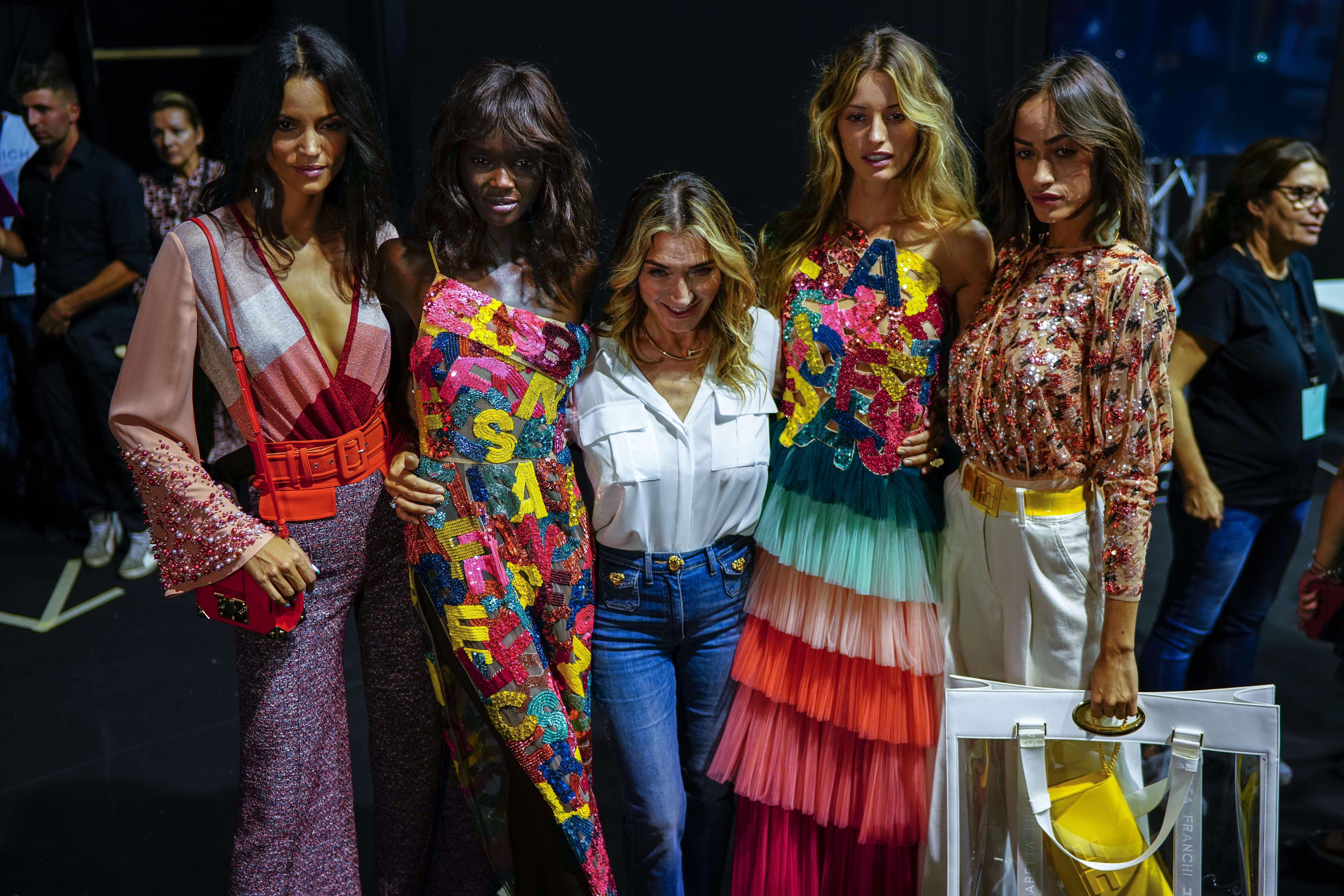 5293a607f3 Milano Fashion Week 2018 - ghd official hair partner della sfilata di  Elisabetta Franchi [GALLERY]