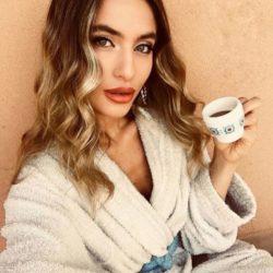 24 Erika Nicolosi, Miss Eleganza Abruzzo;
