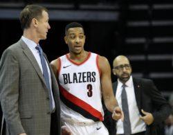 Risultati NBA – McCollum ferma Antetokounmpo, ok Hornets e Mavericks: colpo in trasferta per i Nets