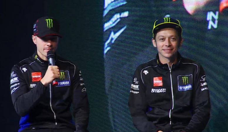 Rossi con la nuova Yamaha: «A 40 anni per vincere devi soffrire»