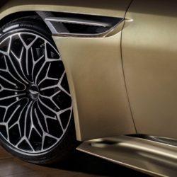 Aston MartinDBS Superleggera OHMSS Edition
