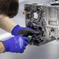 mercedes amg motore 4 cilindri turbo