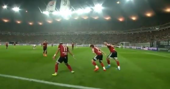 Cesinha esulta come Cristiano Ronaldo. La reazione di CR7