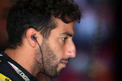 Formula 1 |  brutte notizie per Ricciardo a Singapore |  la Direzione Gara retrocede in