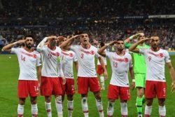 Saluto militare in campo – Uefa apre indagine sul gesto dei