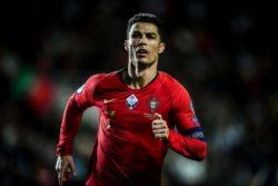 Cristiano Ronaldo fa tripletta con il Portogallo, il ct Sant
