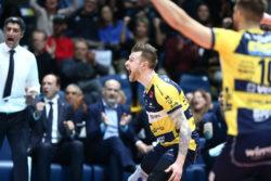 Pallavolo – Superlega: Modena cala il pokerissimo, superata