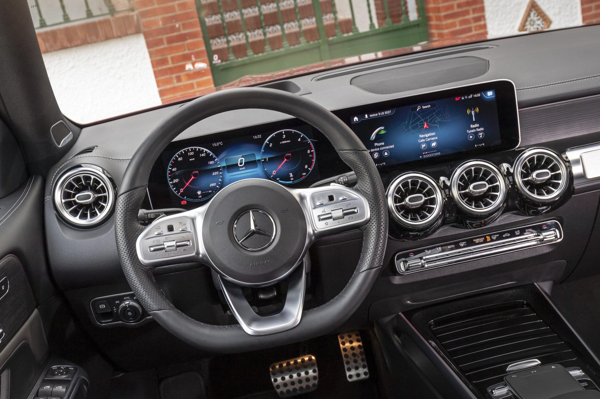 Mercedes-Benz glb photo by Dirk Weyhenmeyer