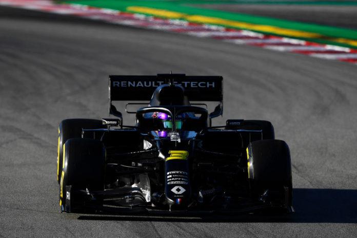 Test Barcellona: Ricciardo al top, Hamilton e Leclerc vicini