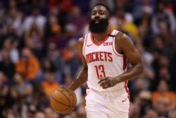 """NBA – Carlisle elogia il talento di James Harden: """"uno dei migliori scorer di sempre, come Michael Jordan"""""""