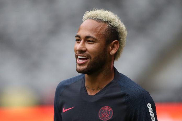 Coronavirus, Neymar dona 880 mila euro in beneficenza