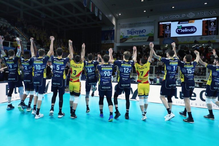 leo shoes modena volley