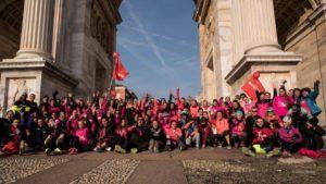 women in run asics