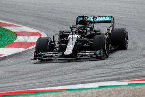 Formula 1 – Hamilton in pole, disastro Ferrari: la griglia d