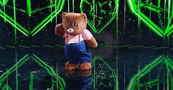 il cantante mascherato orsetto