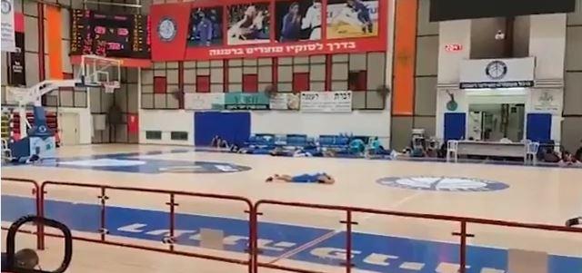 giocatori basket bombardamenti israele