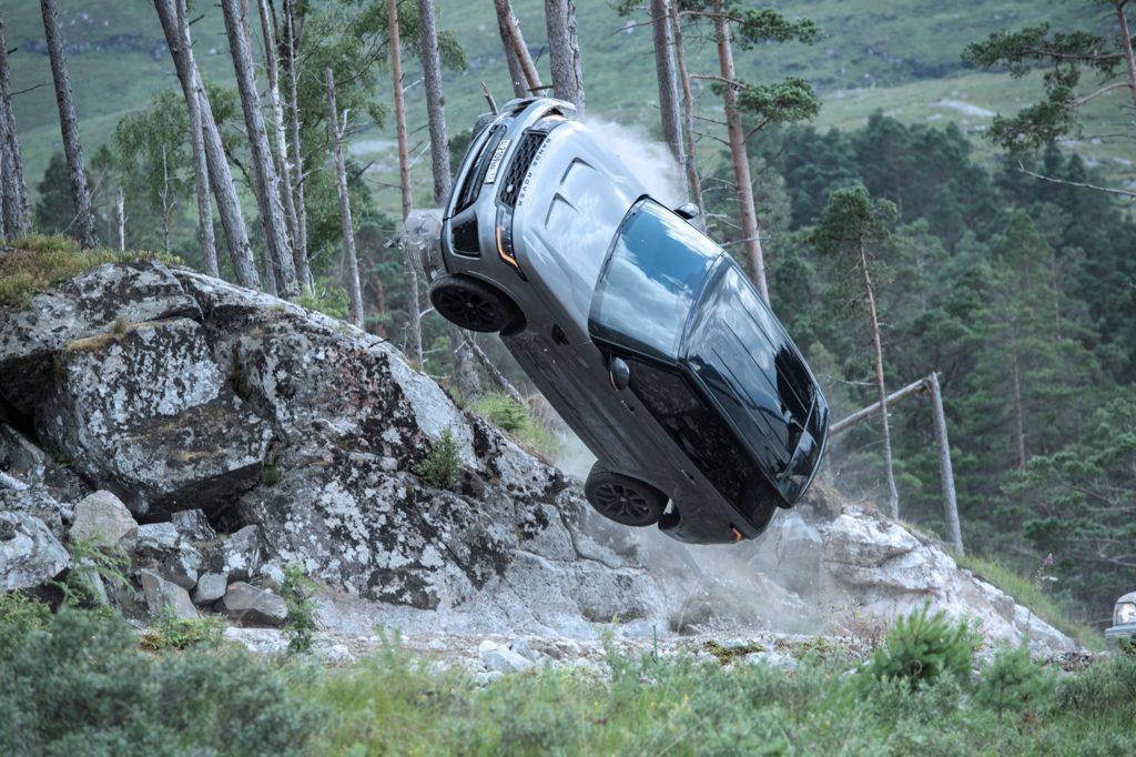 range rover james bond